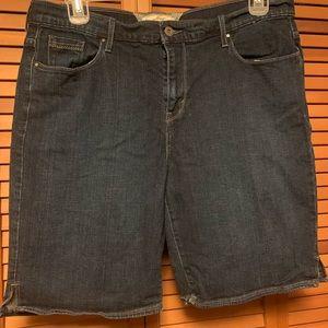 Levi bermuda shorts